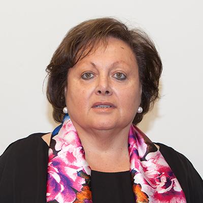 M.ª Victoria García Cristóbal